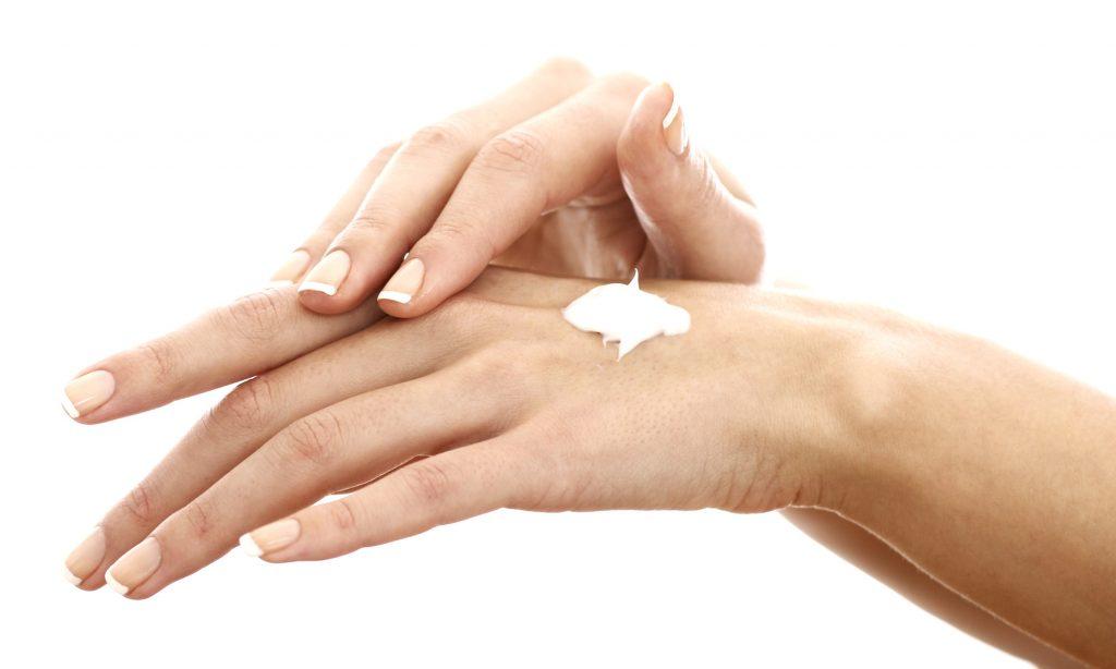 Olio di cocco come Idratante per mani e piedi