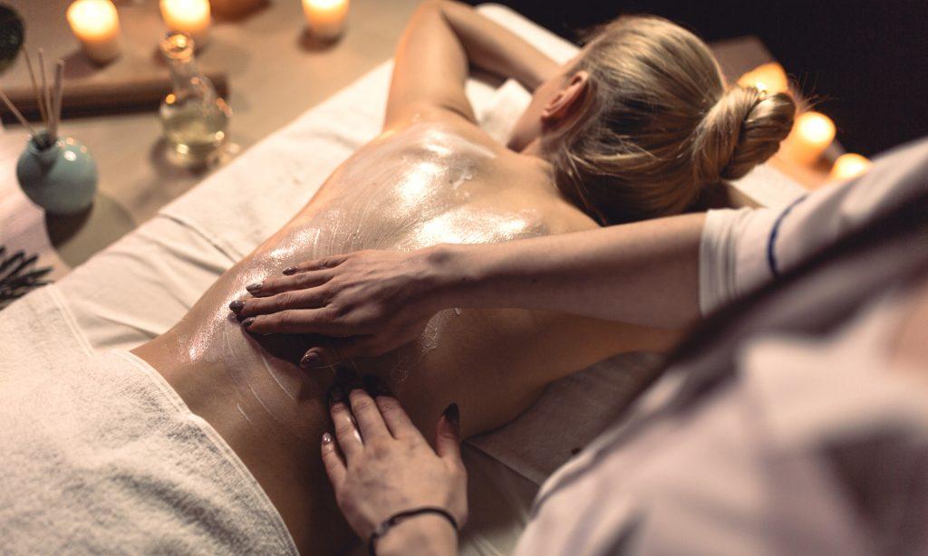 Olio di cocco per i massaggi