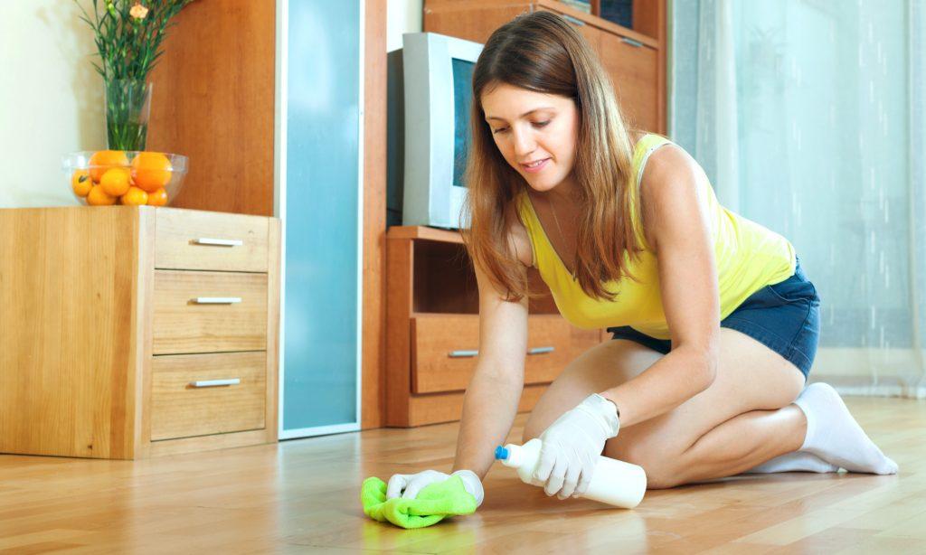 Olio di cocco e pulizie in casa